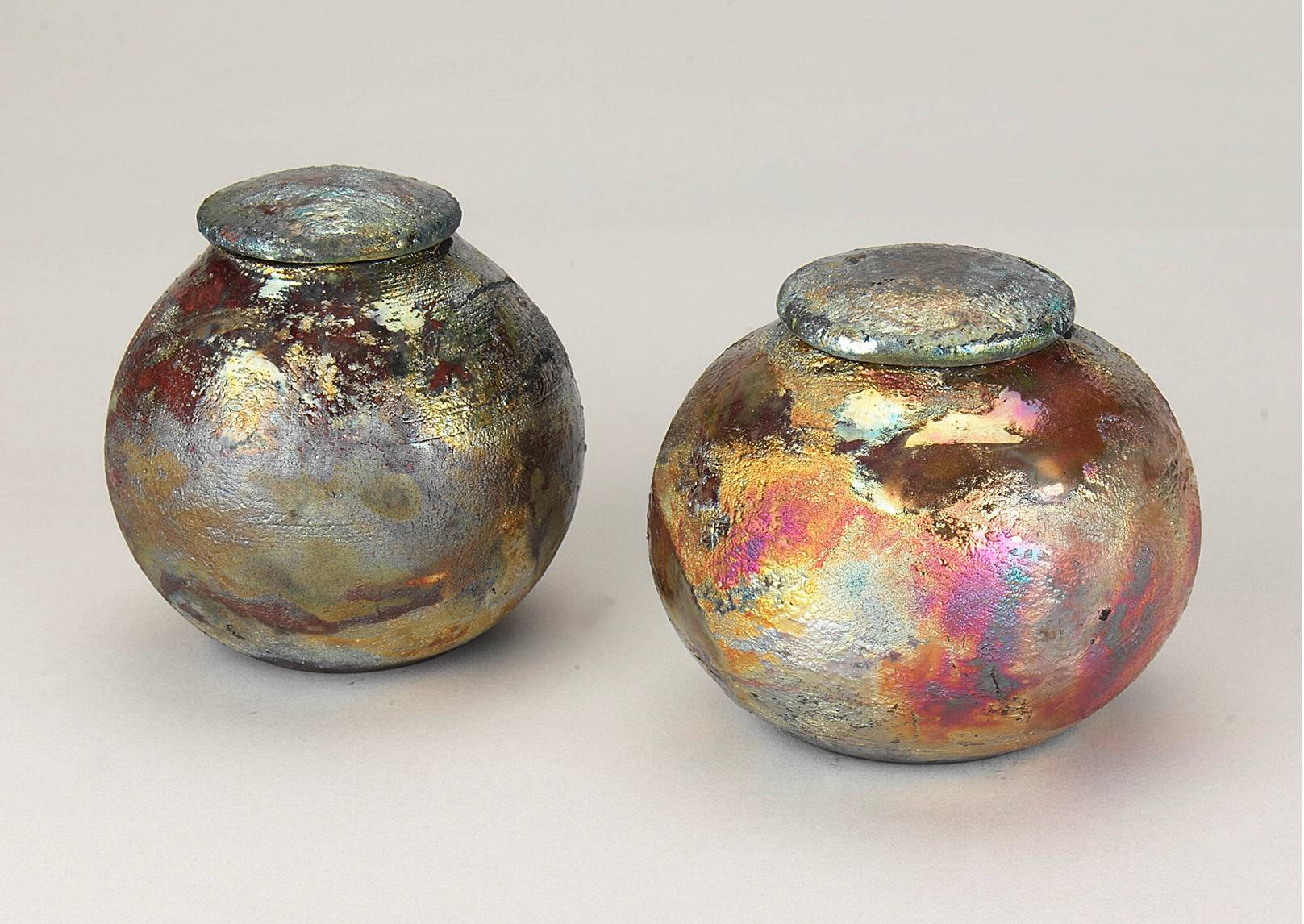 Small raku ceramic urns